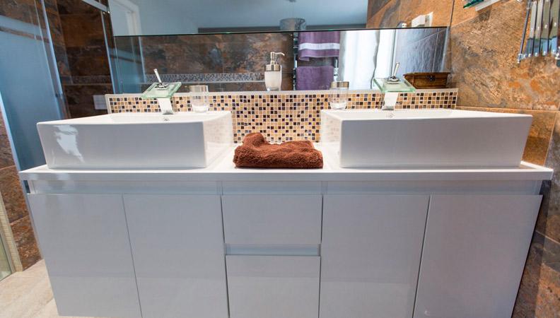 baño moderno reforma de calidad